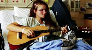 Singing During Brain Surgery, Kira Performs to Preserve Her Passion